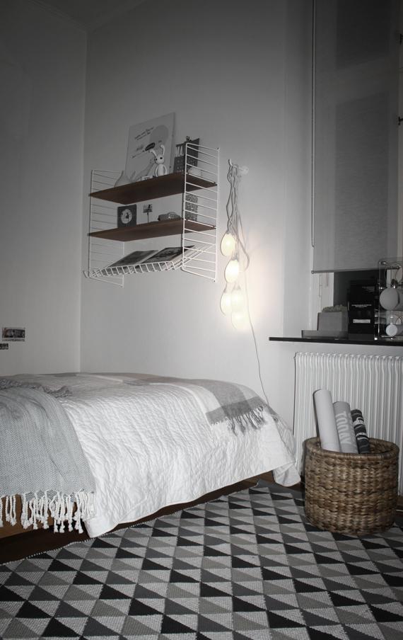 miramoln.se -lampor och stringhylla